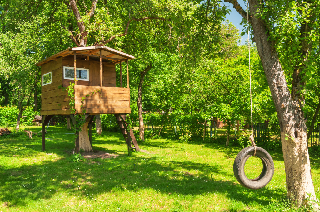 garden structures - treehouse